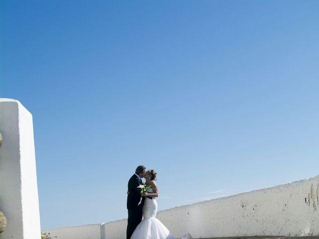La boda de Juan y Maria del Mar en L' Hospitalet De Llobregat, Barcelona 7
