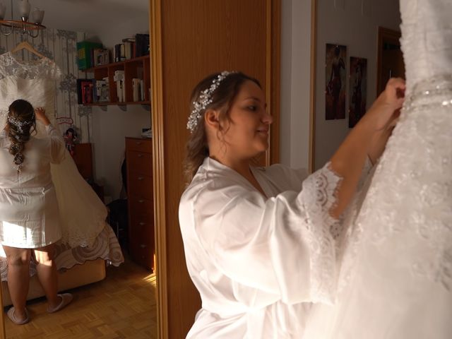 La boda de Sergio y Raquel en Velilla De San Antonio, Madrid 18