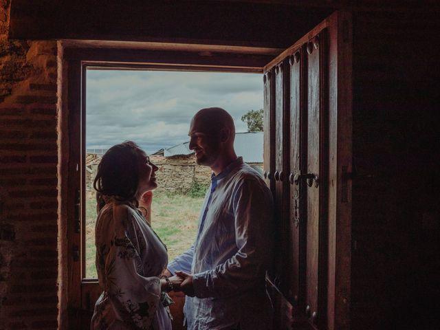 La boda de María y Luis Alberto en Villar De Los Alamos, Salamanca 16