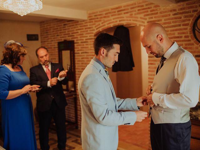 La boda de María y Luis Alberto en Villar De Los Alamos, Salamanca 44