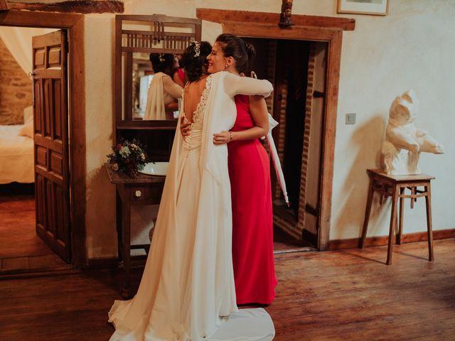 La boda de María y Luis Alberto en Villar De Los Alamos, Salamanca 68
