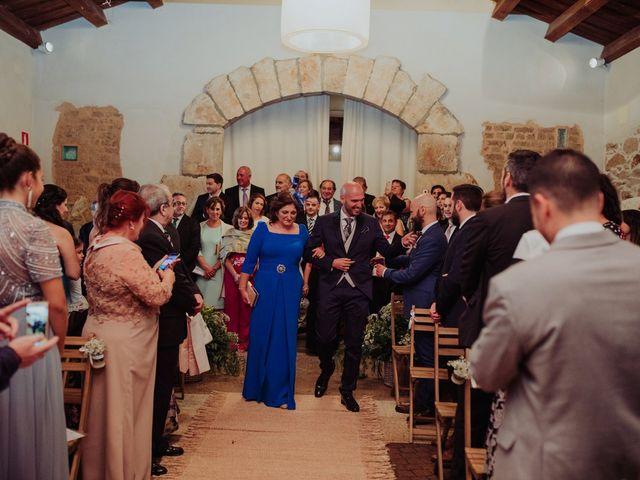 La boda de María y Luis Alberto en Villar De Los Alamos, Salamanca 78
