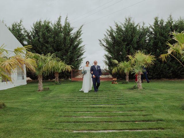 La boda de María y Luis Alberto en Villar De Los Alamos, Salamanca 79