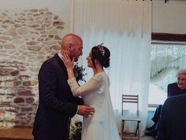 La boda de María y Luis Alberto en Villar De Los Alamos, Salamanca 81