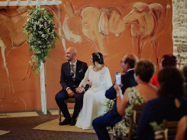 La boda de María y Luis Alberto en Villar De Los Alamos, Salamanca 86