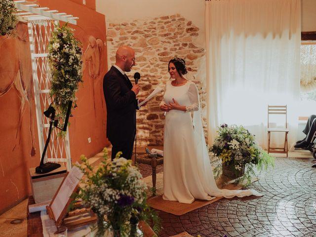 La boda de María y Luis Alberto en Villar De Los Alamos, Salamanca 88