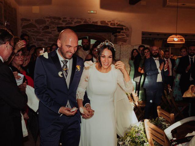 La boda de María y Luis Alberto en Villar De Los Alamos, Salamanca 90