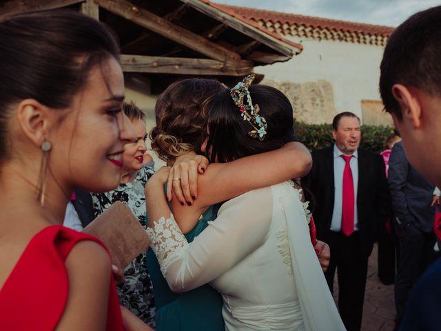 La boda de María y Luis Alberto en Villar De Los Alamos, Salamanca 99