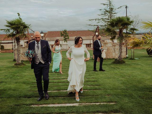 La boda de María y Luis Alberto en Villar De Los Alamos, Salamanca 104
