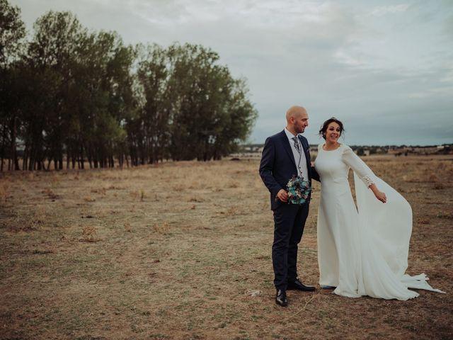 La boda de María y Luis Alberto en Villar De Los Alamos, Salamanca 112