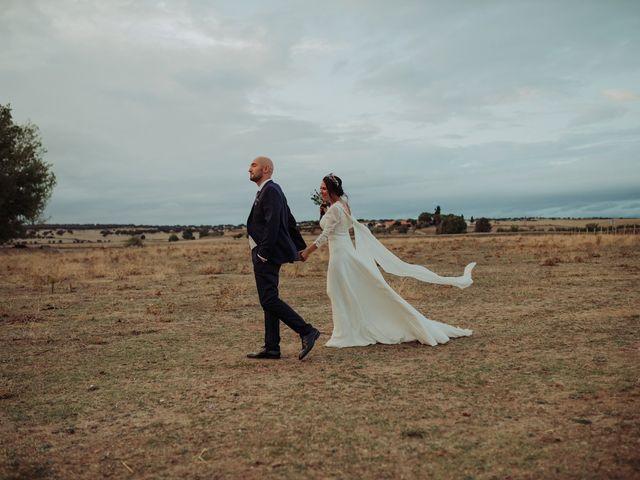 La boda de María y Luis Alberto en Villar De Los Alamos, Salamanca 116