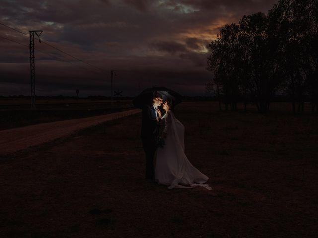 La boda de María y Luis Alberto en Villar De Los Alamos, Salamanca 119