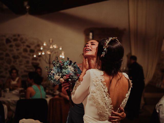 La boda de María y Luis Alberto en Villar De Los Alamos, Salamanca 172