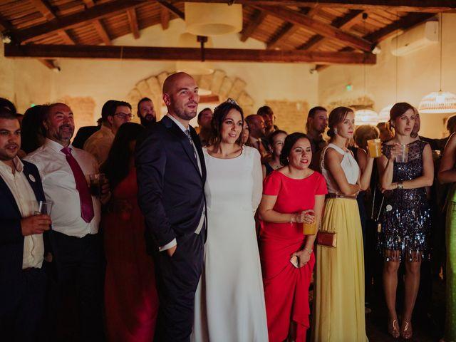 La boda de María y Luis Alberto en Villar De Los Alamos, Salamanca 175