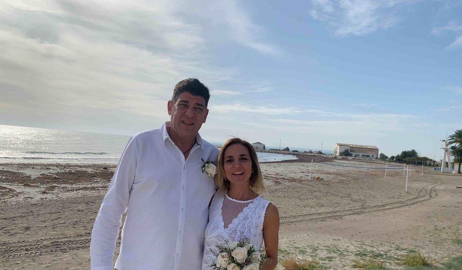La boda de Felix y Patrizia en Santa Pola, Alicante