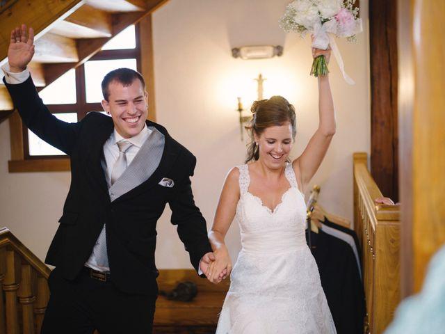 La boda de Julen y Angela en Dima, Vizcaya 17