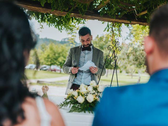La boda de Marcos y Laura en Vigo, Pontevedra 29