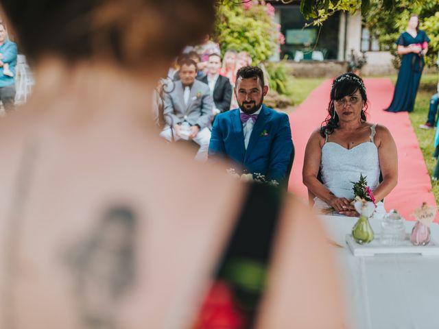 La boda de Marcos y Laura en Vigo, Pontevedra 33