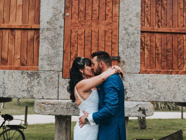 La boda de Marcos y Laura en Vigo, Pontevedra 45