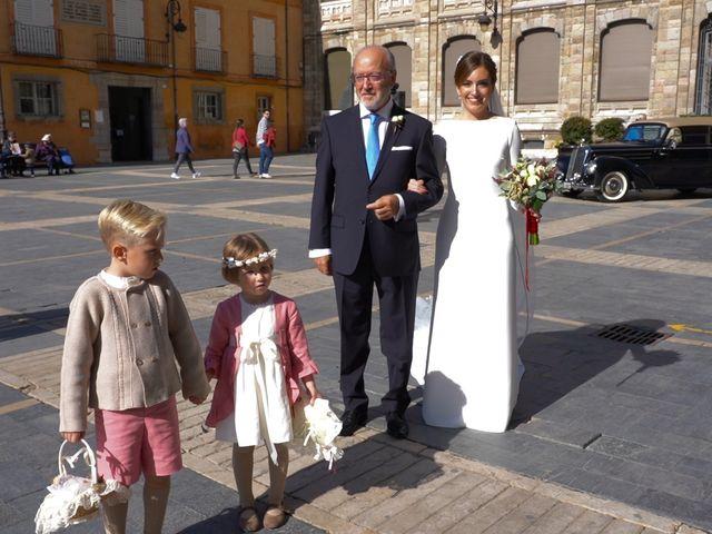 La boda de Marcos y Estefanía en Cembranos, León 9