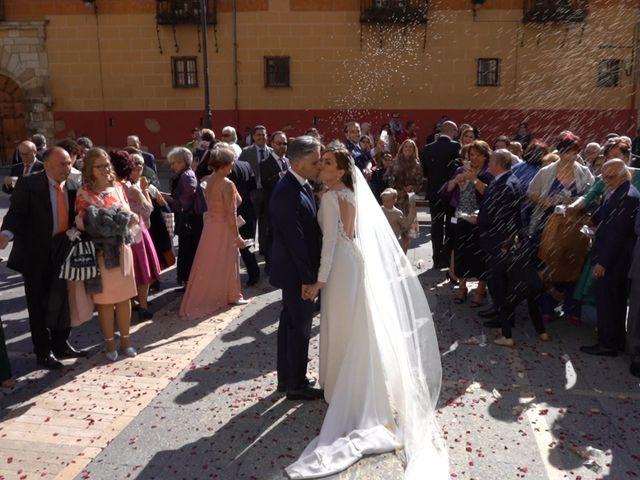 La boda de Marcos y Estefanía en Cembranos, León 122