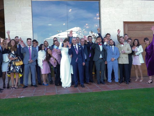 La boda de Marcos y Estefanía en Cembranos, León 149