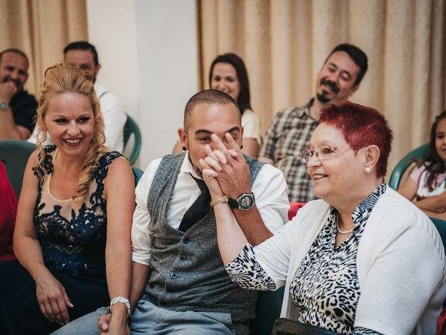 La boda de Desy y Carlos en Vecindario, Las Palmas 20