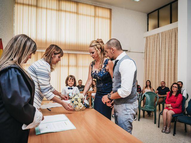 La boda de Desy y Carlos en Vecindario, Las Palmas 22