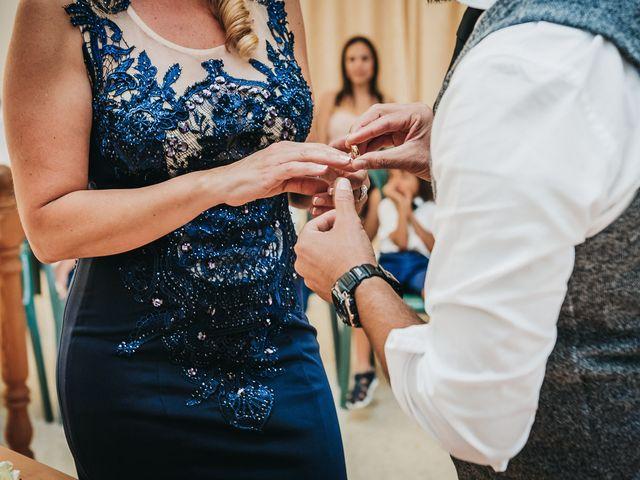 La boda de Desy y Carlos en Vecindario, Las Palmas 25