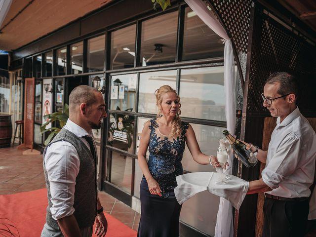 La boda de Desy y Carlos en Vecindario, Las Palmas 38
