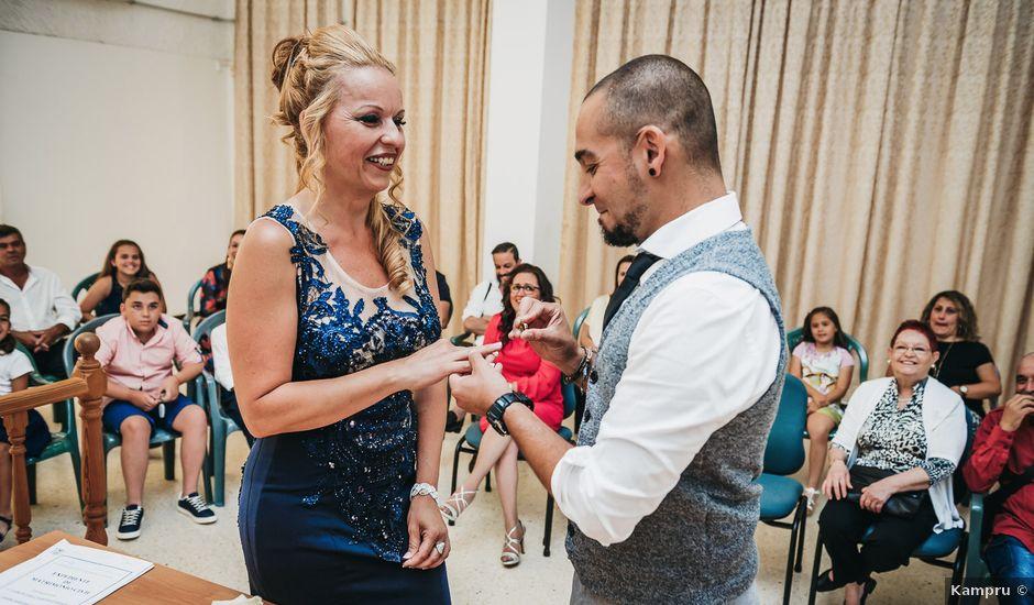 La boda de Desy y Carlos en Vecindario, Las Palmas