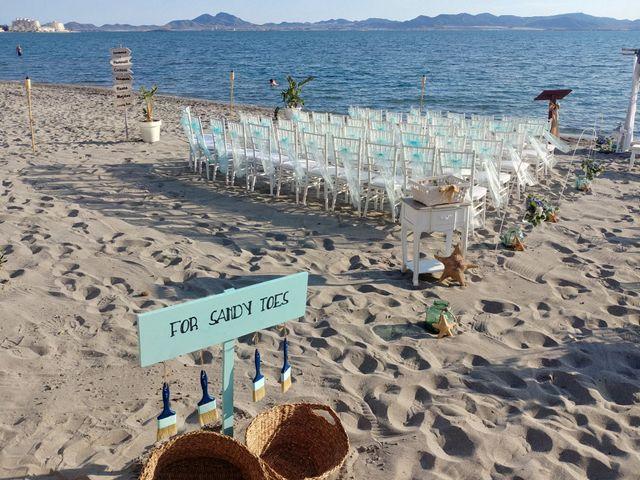 La boda de Carlos y Marimar en La Manga Del Mar Menor, Murcia 3