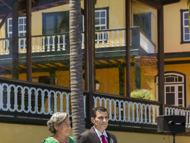 La boda de Alejandro y Merchy en La Orotava, Santa Cruz de Tenerife 4
