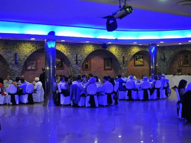 La boda de Daniel y Laura en Montcada I Reixac, Barcelona 26