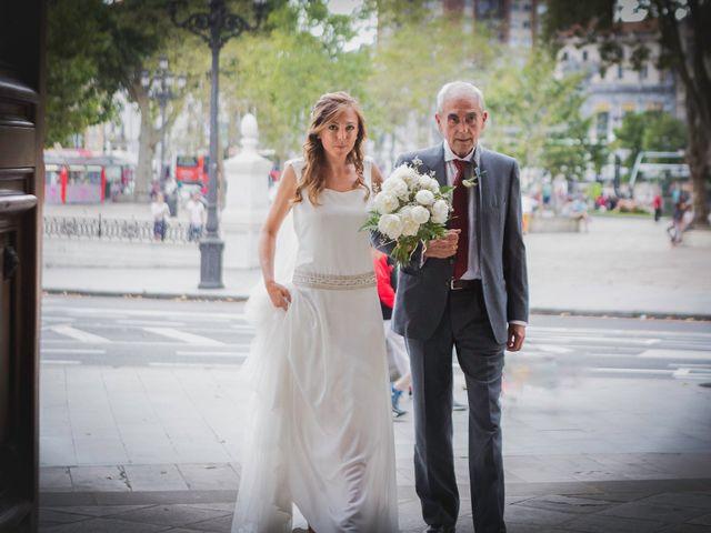 La boda de Ben y Maibe en Berango, Vizcaya 18