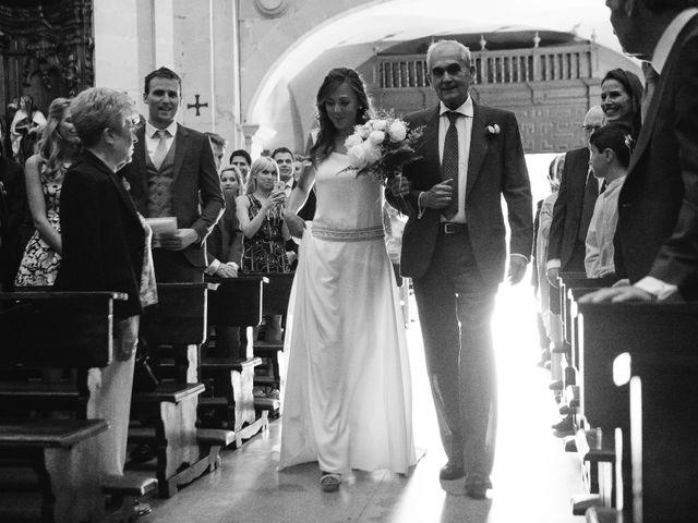 La boda de Ben y Maibe en Berango, Vizcaya 19
