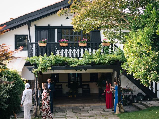 La boda de Ben y Maibe en Berango, Vizcaya 36