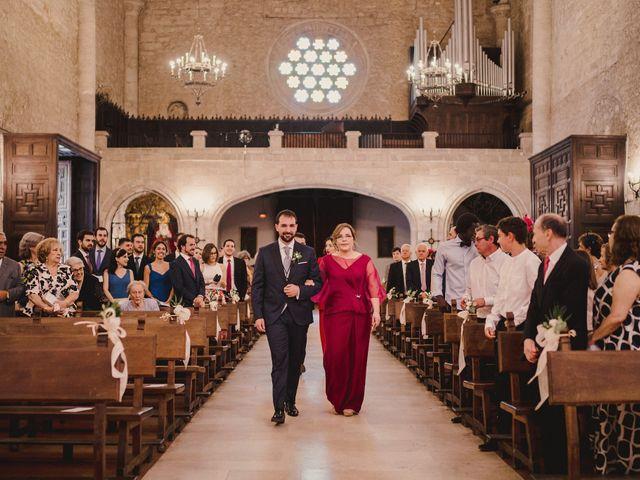 La boda de Servando y Teresa en Caracuel De Calatrava, Ciudad Real 51