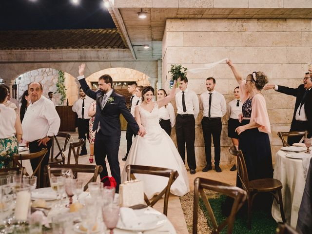 La boda de Servando y Teresa en Caracuel De Calatrava, Ciudad Real 136
