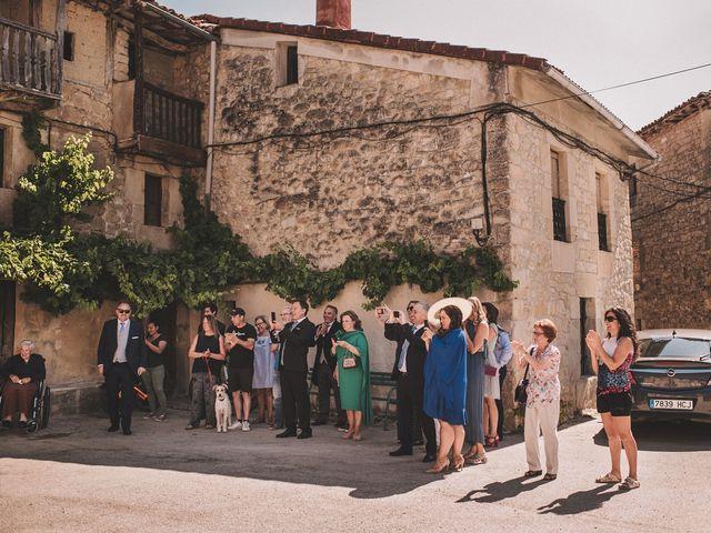 La boda de Alvaro y Marta en Santa Gadea Del Cid, Burgos 19