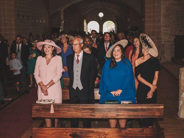 La boda de Alvaro y Marta en Santa Gadea Del Cid, Burgos 39