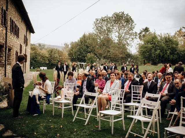 La boda de Asier y Saioa en Ventas De Armentia, Burgos 31