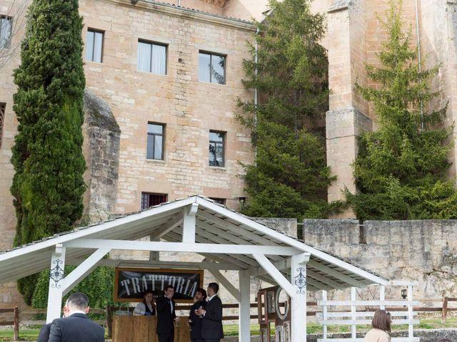 La boda de Jorge y Oiane en Santa Gadea Del Cid, Burgos 27