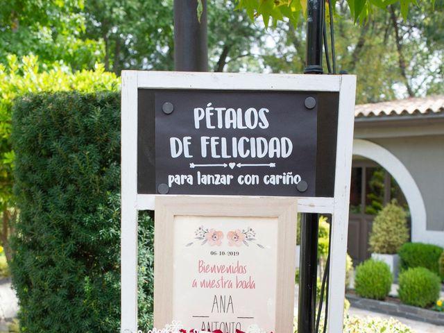La boda de Antonio y Ana en Miraflores De La Sierra, Madrid 11