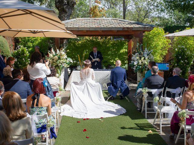 La boda de Antonio y Ana en Miraflores De La Sierra, Madrid 13