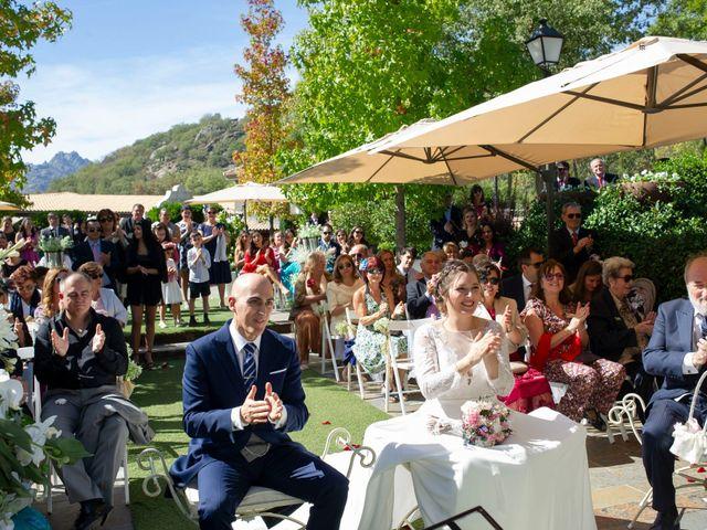 La boda de Antonio y Ana en Miraflores De La Sierra, Madrid 16