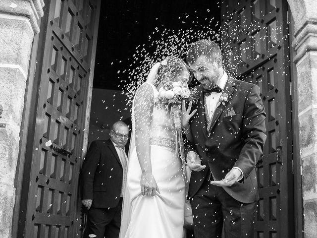 La boda de Jonathan y Ainhoa en Mombeltran, Ávila 34