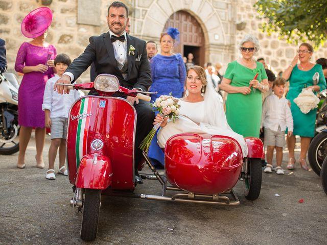 La boda de Jonathan y Ainhoa en Mombeltran, Ávila 35