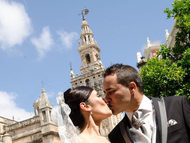 La boda de Elisa y Rafael en Castilleja De La Cuesta, Sevilla 11