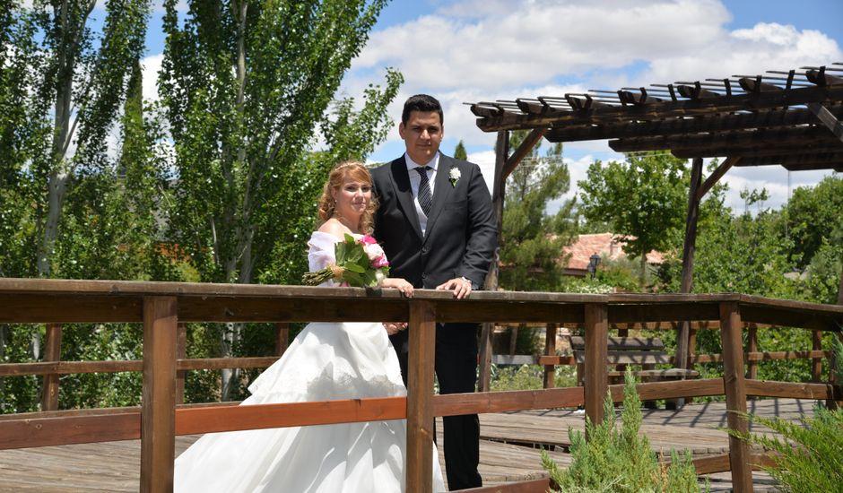 La boda de Raúl y Noelia en Arroyomolinos, Madrid